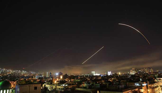 'Suriye hava savunması, ABD'nin olası saldırısına karşı hazır duruma getirildi'