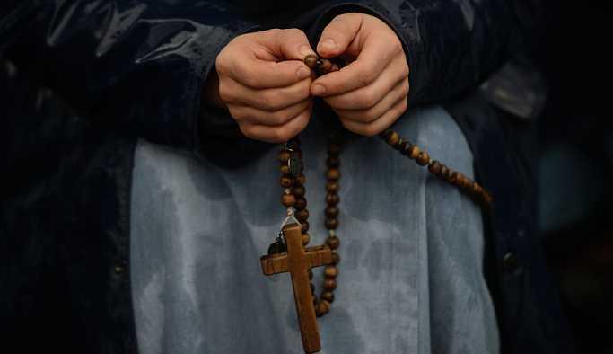 'Üzgünüm kilisemiz satılık çünkü insanlar artık Tanrı'ya inanmıyor'