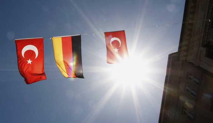 WSJ: Almanya, Türkiye'ye 'acil' finansal yardımı değerlendiriyor