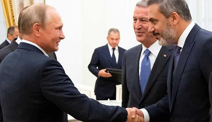 Akar: Rusya, İran ve müttefiklerimizle İdlib'e istikrar getirilmesi için çalışıyoruz