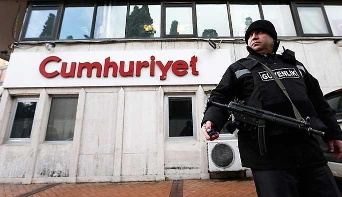 Cumhuriyet'te yönetim değişikliği: Gazetede istifalar yaşanıyor
