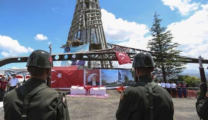 Demirel'e, Anıtkabir'den sonra ikinci büyük anıt