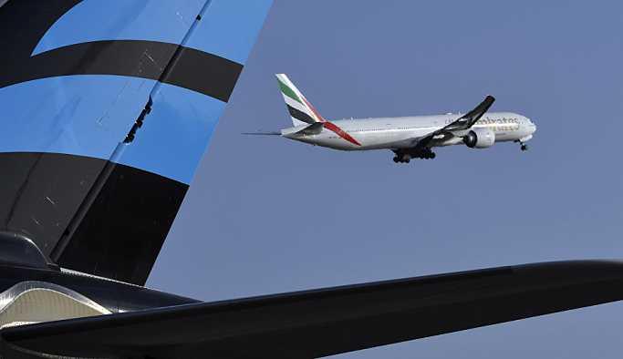 İki yolcu uçağı havada çarpışmanın eşiğinden döndü