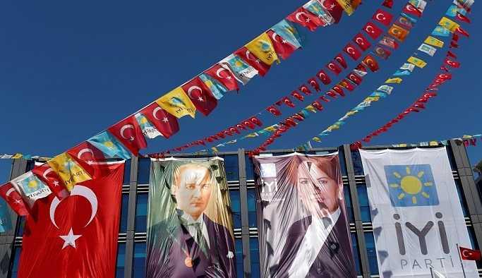 İYİ Parti'de yeni 54 il başkanı atandı