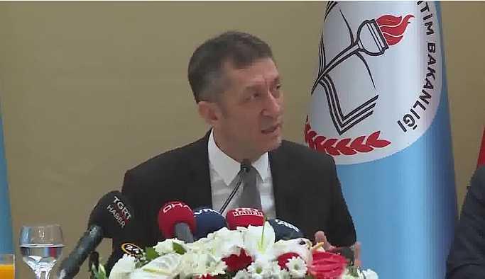 Milli Eğitim Bakanı Selçuk'tan karma eğitim açıklaması
