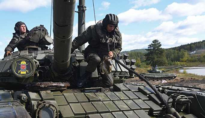 Rusya yakın tarihinin en büyük tatbikatına başladı: Ordunun 3'te 1'i tatbikatta