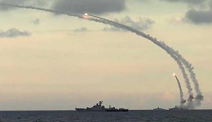 ABD'li amiral: Kalibr füzesi Avrupa'nın herhangi bir başkentine ulaşabilir
