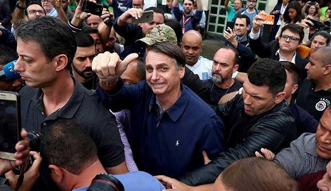'Brezilyalı Trump' devlet başkanlığı seçimlerinin ilk turunu önde bitirdi