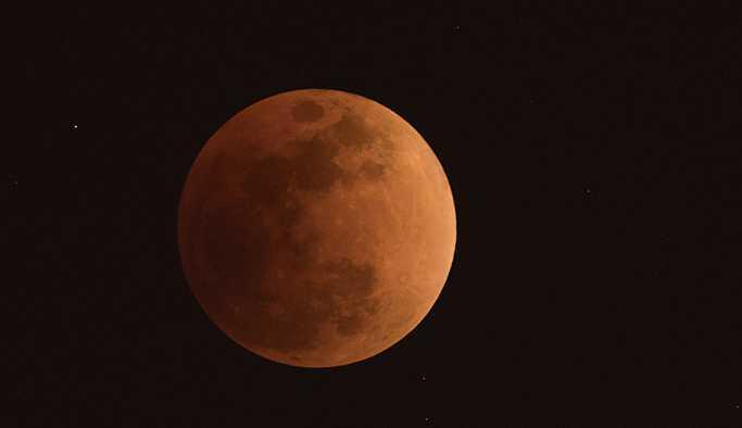Çin, uzaya 'yapay Ay' gönderiyor: Güneş ışığını Dünya'ya yansıtacak