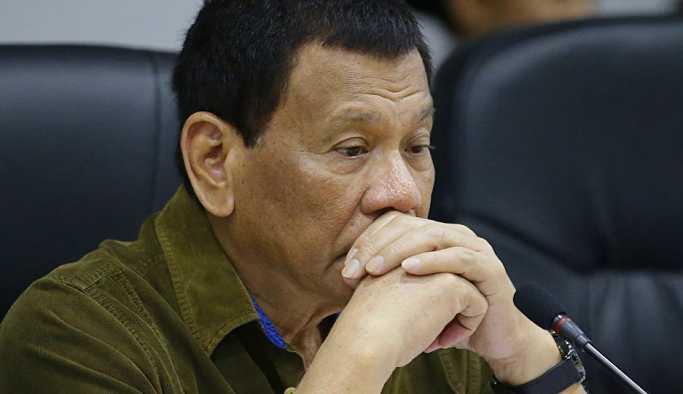 Filipinler lideri Duterte'nin kanser olmadığı açıklandı