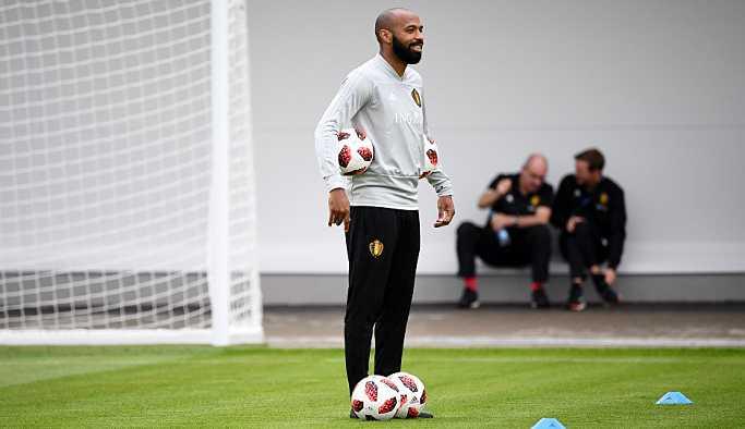 Henry, Aston Villa'ya doğru