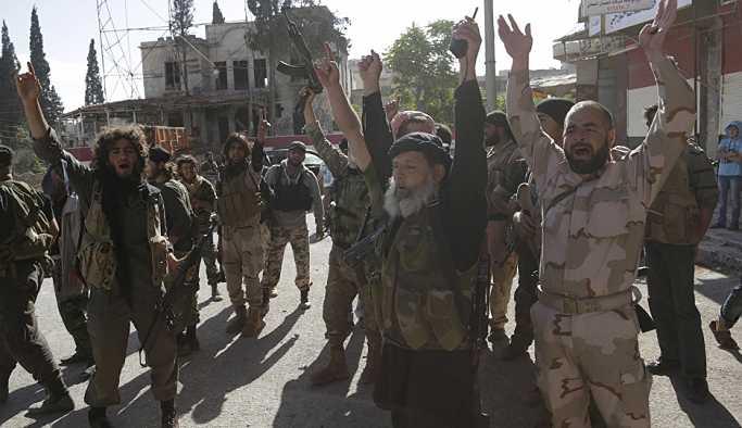 İdlib'de cihatçı örgütler arasında çatışmalar yaşanıyor: Sivil kayıplar var