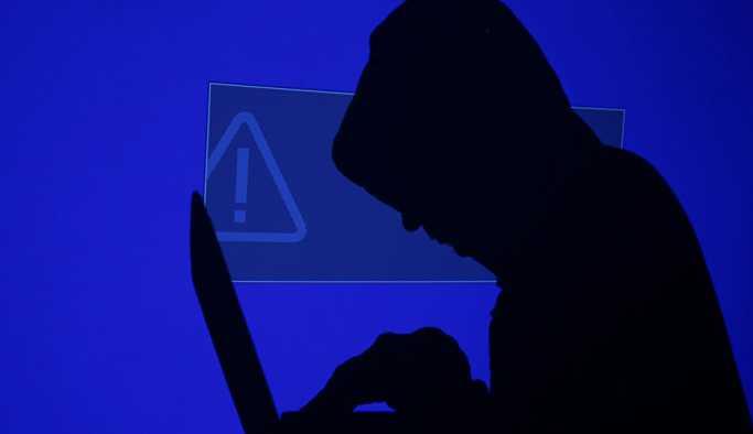 Rus Büyükelçilik, Financial Times'ın 'hacker saldırısı' haberindeki çelişkilere dikkat çekti