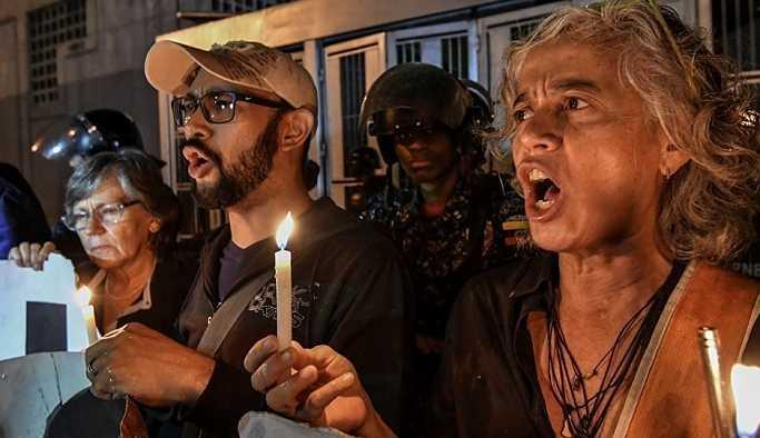 Venezüella: Maduro'ya suikast girişiminden gözaltında olan siyasetçi intihar etti