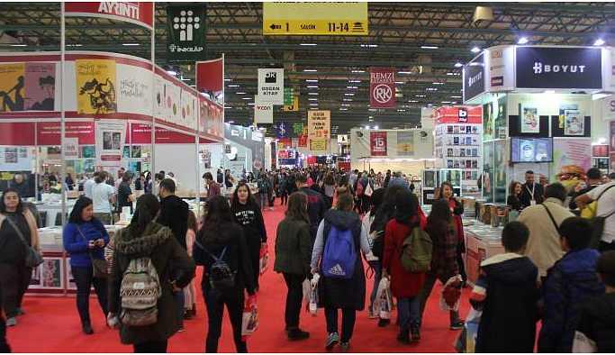 37'nci Uluslararası İstanbul Kitap Fuarı kitapseverlerle buluştu