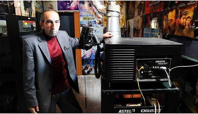 40 yıllık makinistin sinema tutkusu