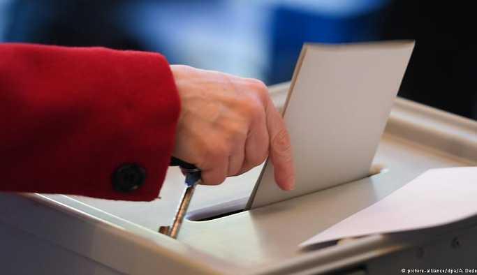 AKP'lilerin yüzde 17'si partilerine oy vermeyeceğini dile getiriyor