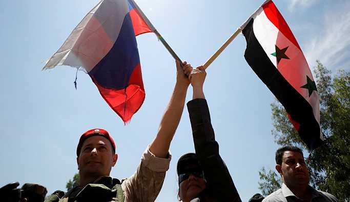Amerikalı uzman, Suriye'deki askeri operasyonunun Rusya'ya faydalarını değerlendirdi