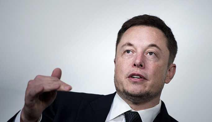 Elon Musk, Tesla Yönetim Kurulu Başkanlığı'ndan ayrıldı: Yeni isim Robyn Denholm