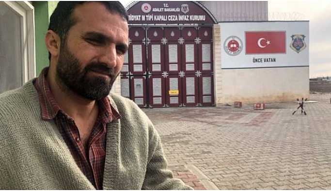 Gazeteci Sedat Sur cezaevine girdi