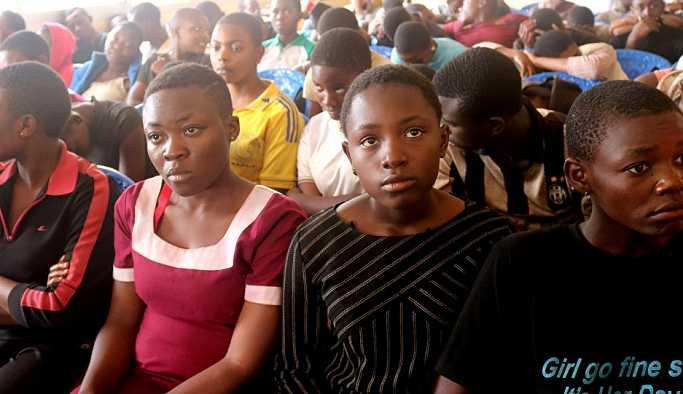 Kamerunlu militanlardan serbest bıraktıkları çocuklara: Okula dönmeyin