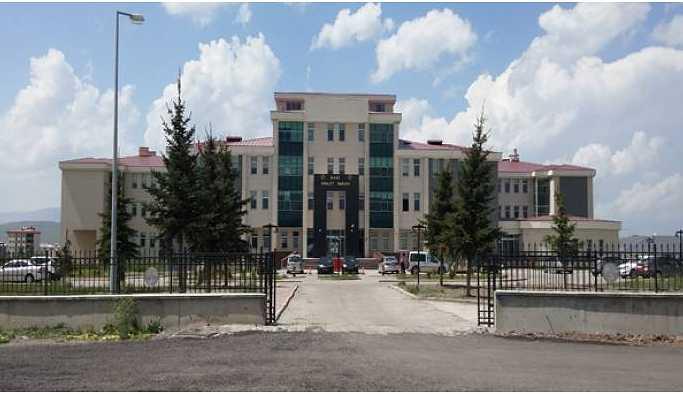 Kars'ta gözaltına alınan siyasetçiler tutuklandı