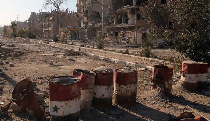 Koalisyon Suriye'de yine bir köyü bombaladı, çok sayıda ölü ve yaralı var