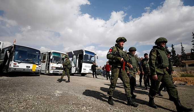 Rus basını: Askerlerin sosyal medyada selfie paylaşması yasaklanacak