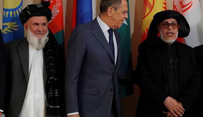 Taliban ve Kabil hükümeti temsilcileri ilk kez Moskova'da masaya oturdu