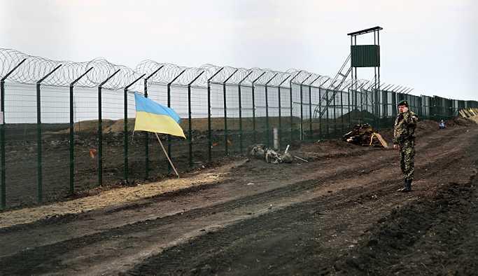 Ukrayna, sınır ihlalinde bulunan Ruslara ağır cezai yaptırımlar getirdi