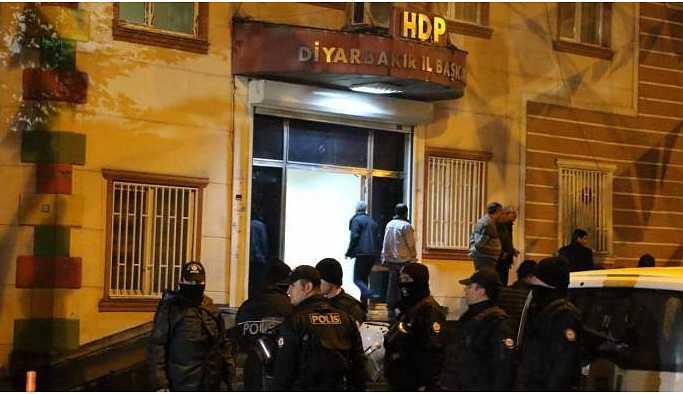 Açlık grevi eylemcisi 35 kişi 8 gün sonra adliyede