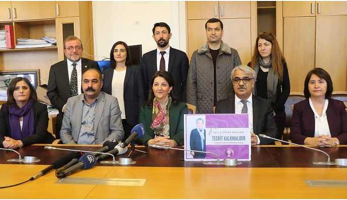 Açlık grevi Meclis'e taşındı: Bu sorun Türkiye'nin sorunu