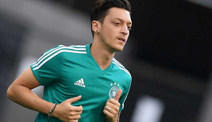 'Ali Koç, Mesut Özil için tüm imkanları seferber edecek'