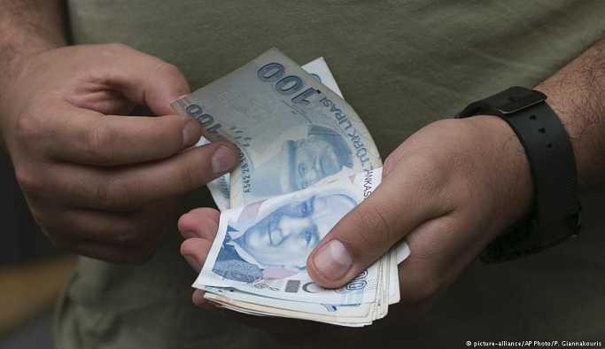 Asgari ücret beklentilerin altında açıklandı: 2 bin 20 lira