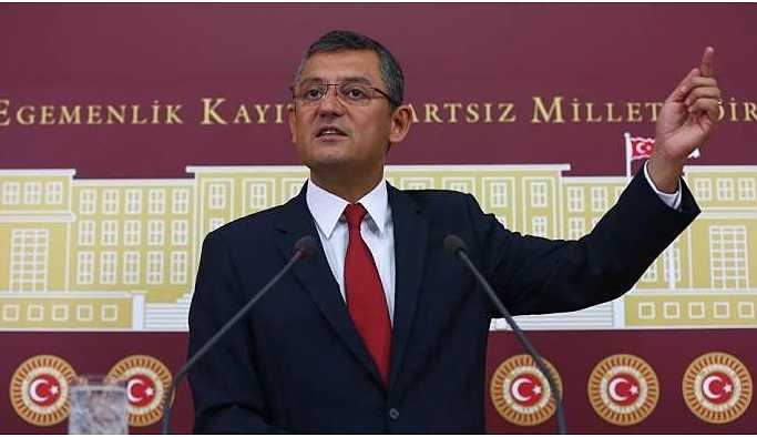CHP'li Özel: Beni asteğmen kendisini de Genelkurmay Başkanı sanıyor
