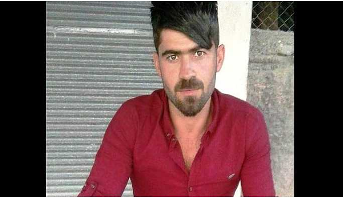 Ergani'de polis bir aracı taradı: 1 ölü