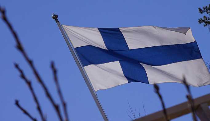 Finlandiya'da 10 yaşındaki kızlara cinsel saldırı düzenleyen çetenin üyeleri sığınmacı çıktı