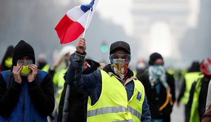 Fransa'da büyüme yavaşladı: 'Sebebi Sarı Yelekler'