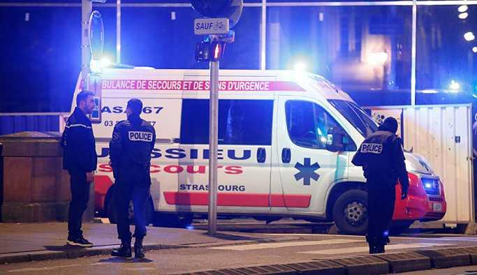 Fransa'da Noel pazarına silahlı saldırı: 2 ölü 11 yaralı