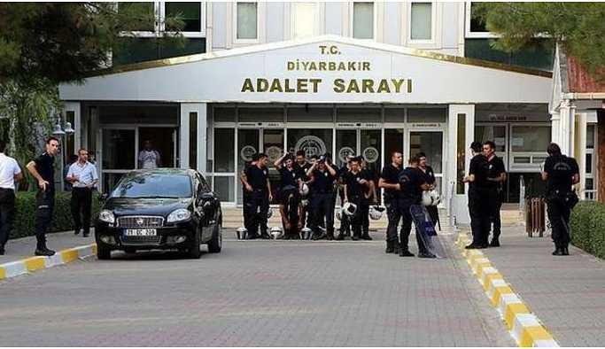 Gözaltındaki 35 HDP'linin gözaltı süreleri 4 gün uzatıldı