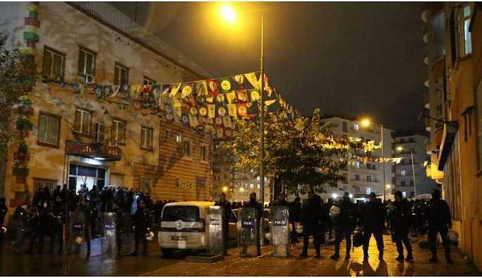 HDP Diyarbakır il binasına iki günde ikinci baskın