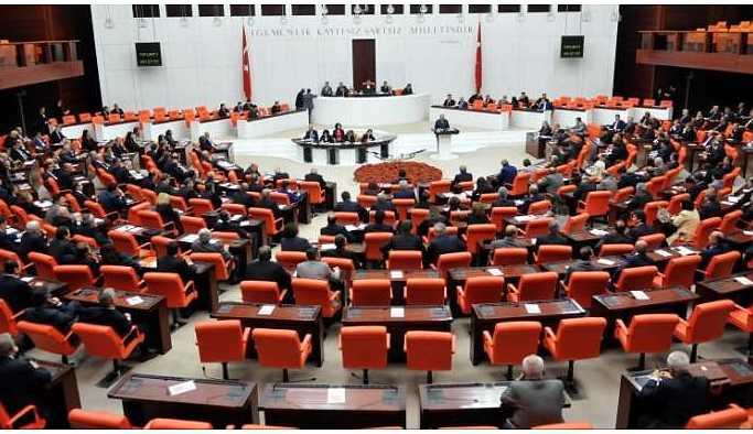 Kürtlere yönelik asimilasyon Meclis'te tartışıldı