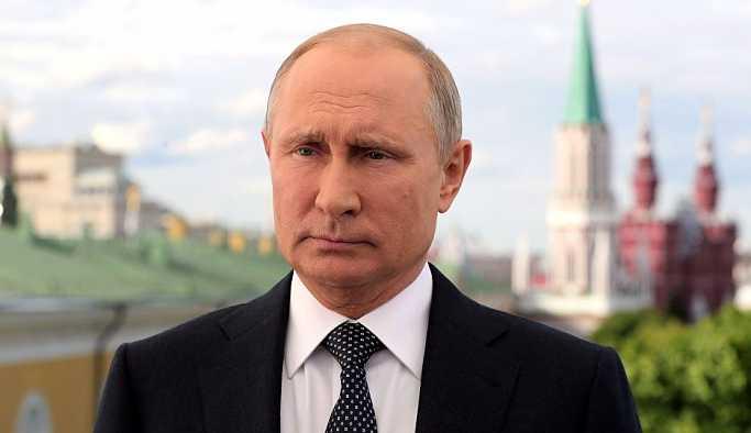 Putin 5 hasta çocuğun hayallerini gerçekleştirme sözü verdi