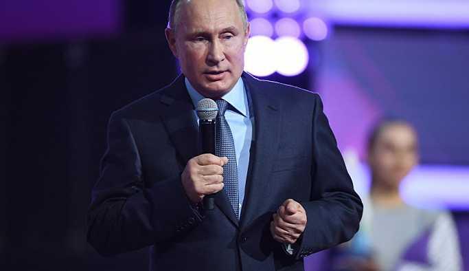 Putin: ABD orta menzilli füzeler üretirse, biz de aynısını yaparız