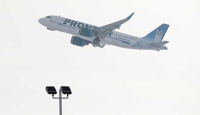 Uçuş güvenliğini erotik anlatımı milyonlar tarafından izlendi