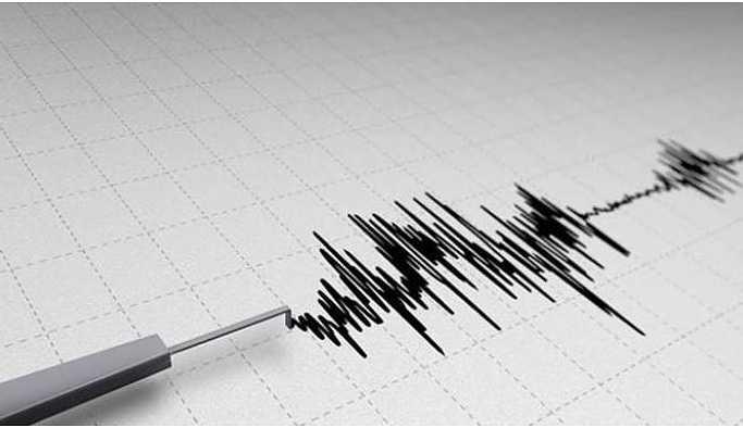 Yüksekova'da deprem