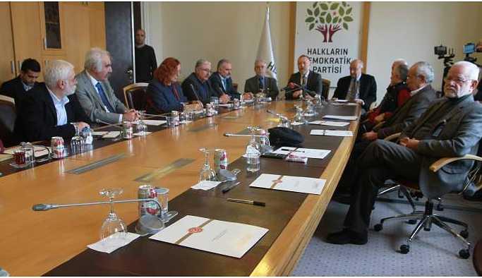 Aydınlar Meclis'te HDP Grubunu ziyaret etti