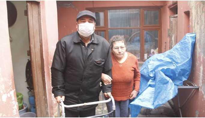 Belediye engelli çifti kış günü sokağa atmaya çalışıyor!