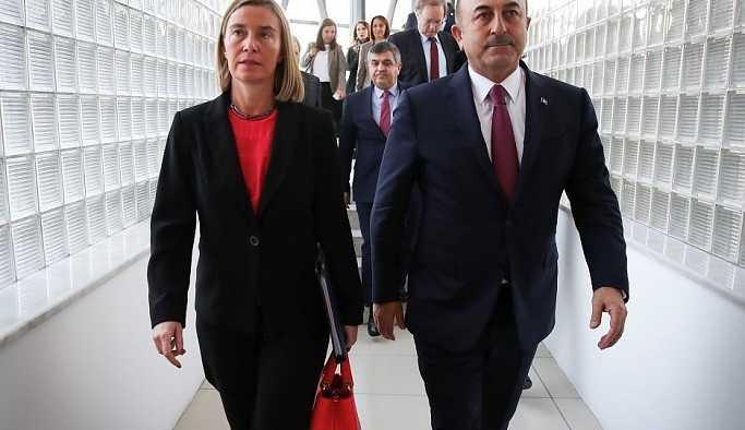 Çavuşoğlu, AB Komisyonu Başkan Yardımcısı Mogherini ile telefonda görüştü