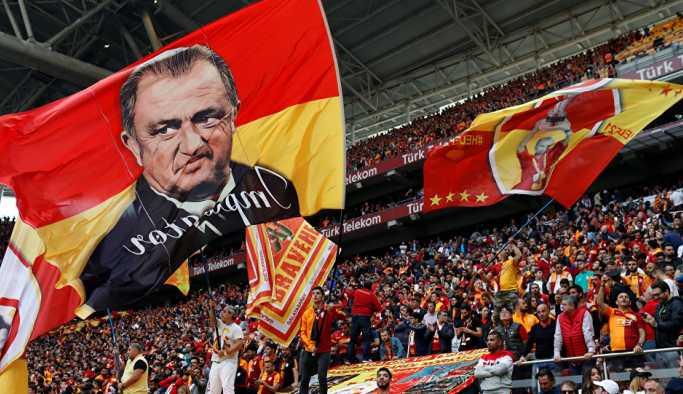 Galatasaray 'Hazır mıyız' diye sordu, KAP'ın sitesi çöktü
